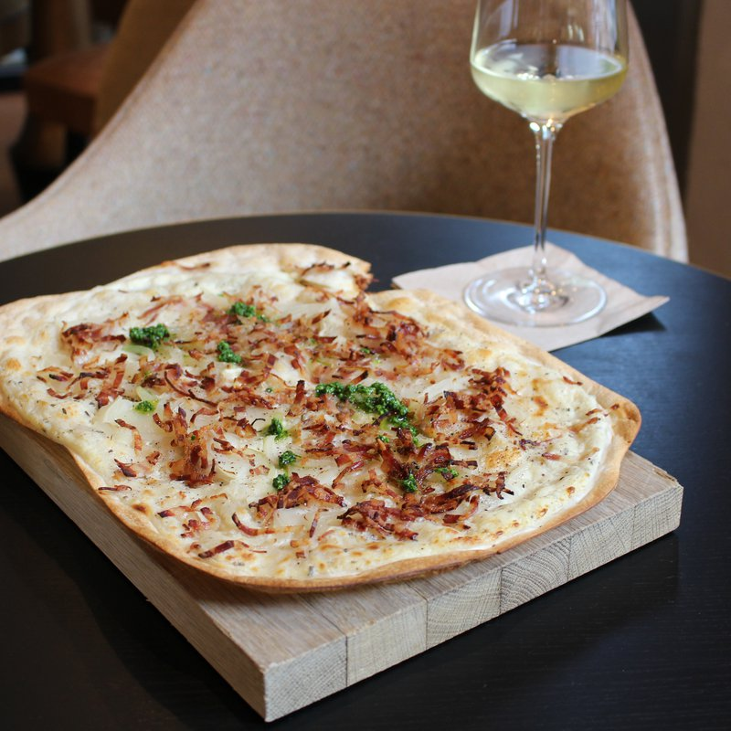 THE LOBBY Flammkuchen