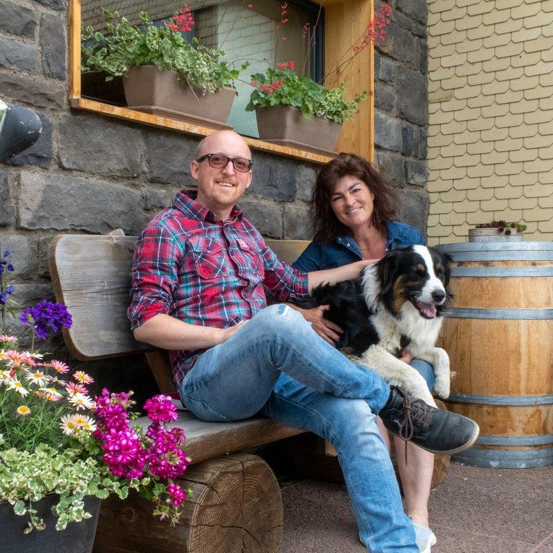 Gaby & Andy Brownrigg - Berggasthaus Eggberge