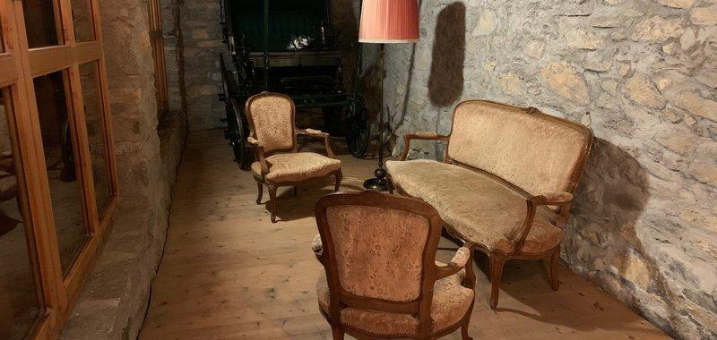 Loungebereich mit Kutsche