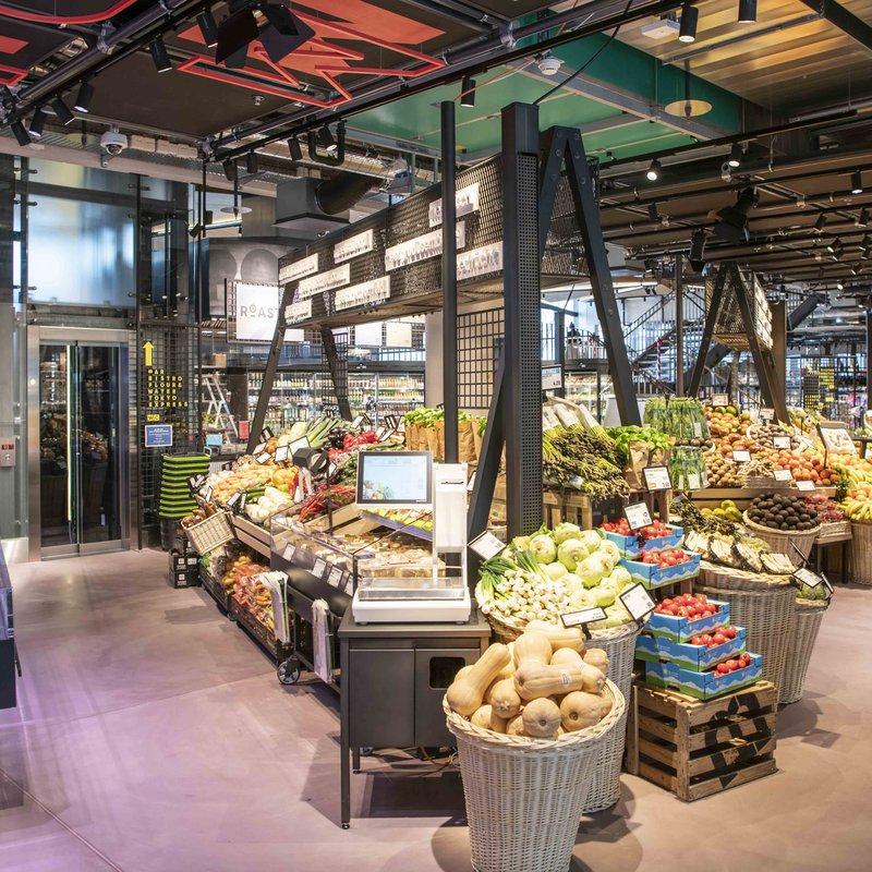Frische Marktwelt, welche nahtlos mit Gastronomie zusammenspielt.