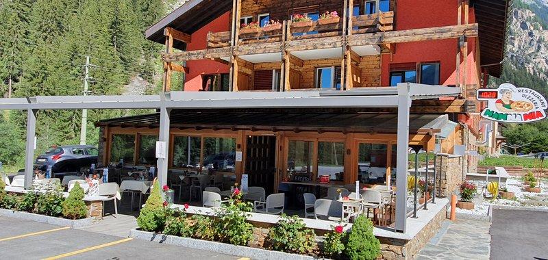Restaurant Mamma Mia Image
