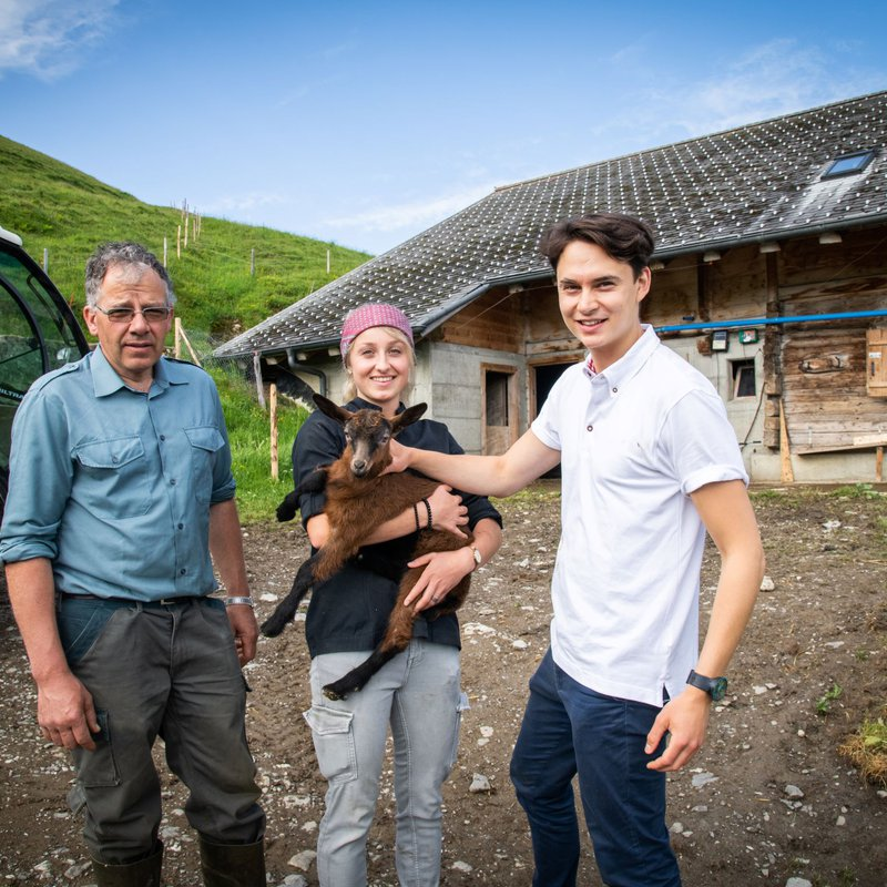 Zu Besuch bei unserem Freund und Halter unsere Tiere: Hans-Peter Dänzer, Alp Fideritschi