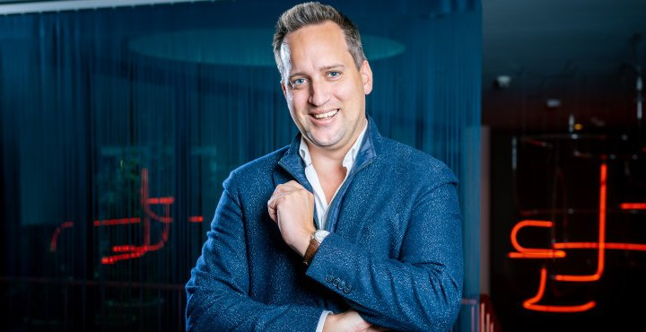 ODURA AG - Simon Schwegler